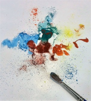 Powdered pigment